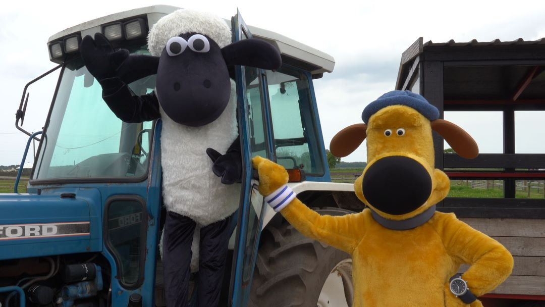 Shaun and Bitzer Farmer Ted's meet and greet